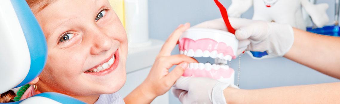 Лечение кариеса молочных зубов у детей