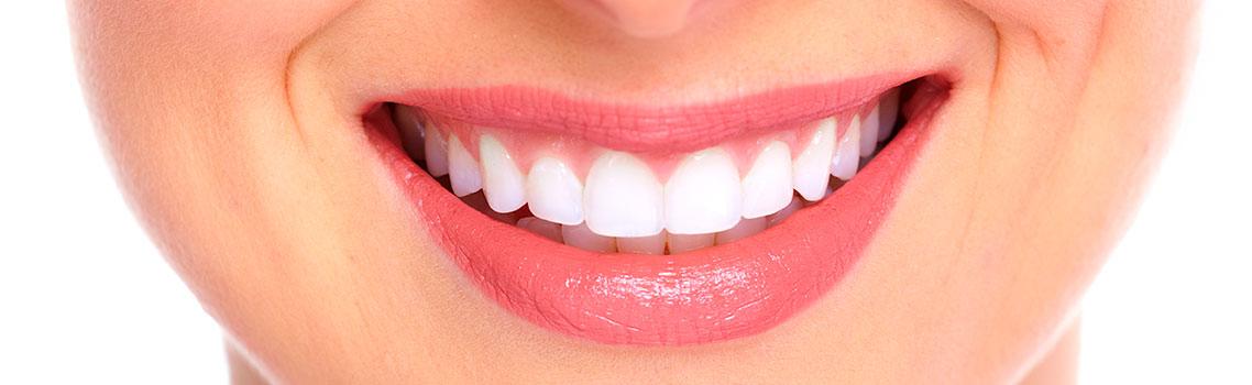 Преимущества эндоотбеливания зубов