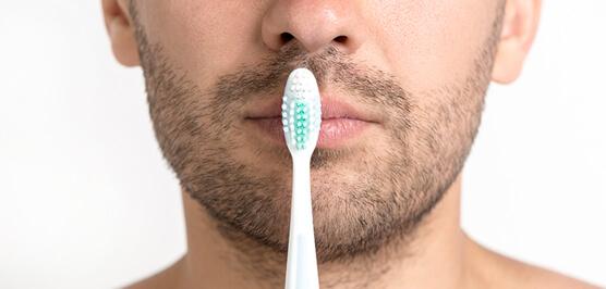 Причины гингивита - плохая гигиена полости рта