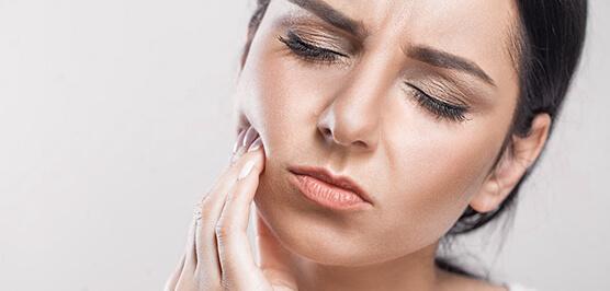 Причины гингивита - травмы и болезни десен